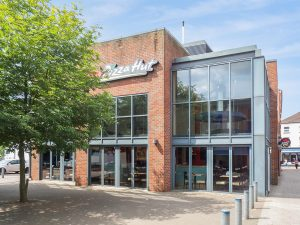 Boston, West Street restaurant/retail unit To Let or For Sale (PE21 8QN)